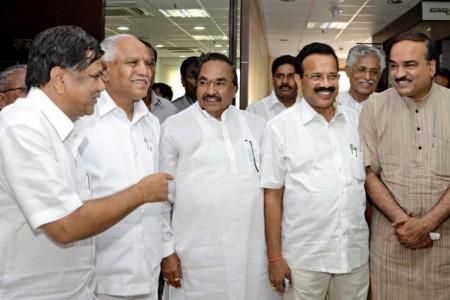 Yeddyurappa is neither Sonia, nor Shettar a Manmohan Singh!